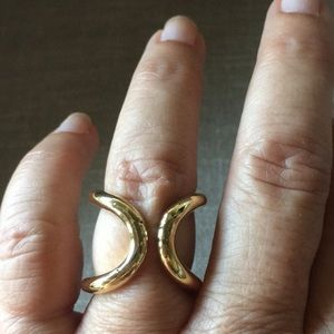 Vintage ring very cool